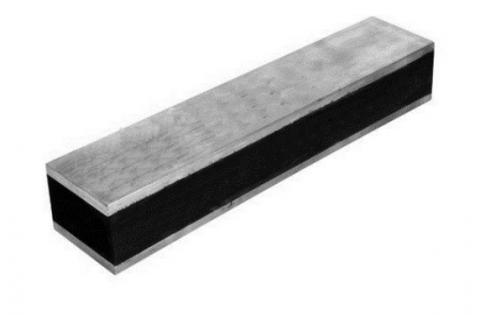 rubber rails met metalen platen
